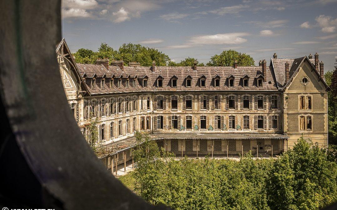 Silence, visite au sanatorium…